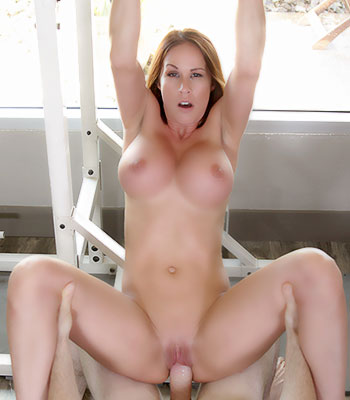 Sabrina Cyns On Pure Mature In Naked Workout