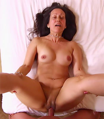 Dominatrix MILF Dominated