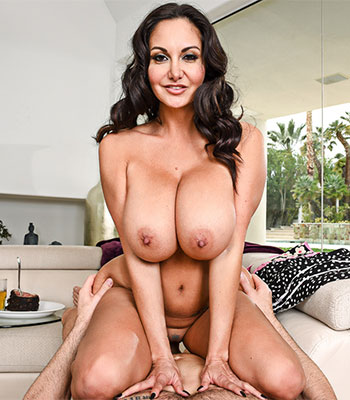 Ava Steak and Blowjob
