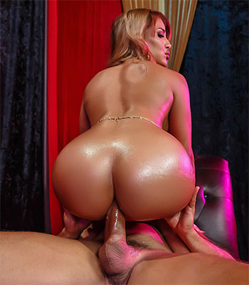 Mercedes Carrera Charms Cock