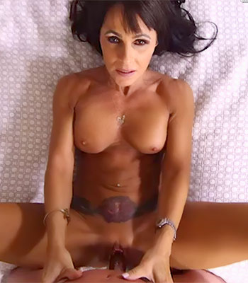 Https:imagepost.commoviescreampie Cougar On Mom Pov