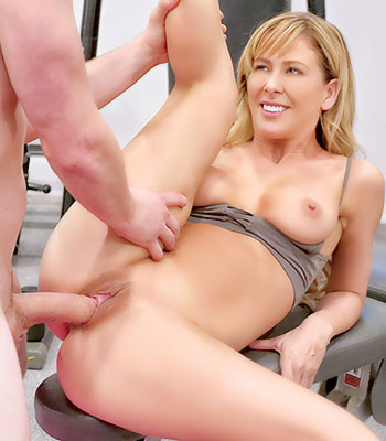 Https:imagepost.commoviescherie Deville On Pure Mature In Sexual Training