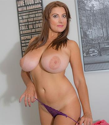 Val Big Tits