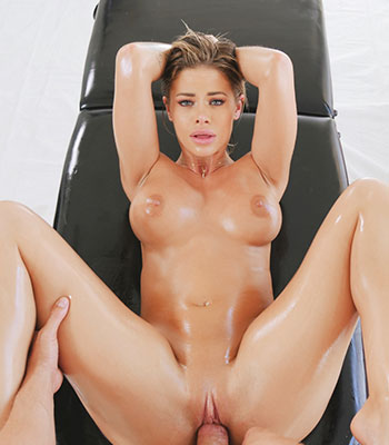 Https:www.imagepost.commoviesjessa Rhodes Has Lubed Independence Day
