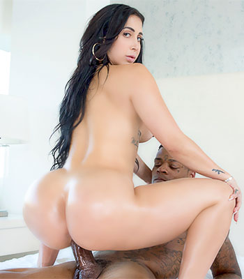 Https:www.imagepost.commoviesvalerie Kay On Blacked In After Party