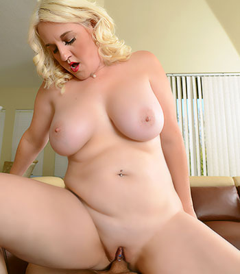 Https:www.imagepost.commoviesanna Moore Fucked On Allover30