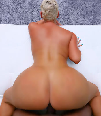 Castingcouch-hd hot big ass milf sara vipergirls