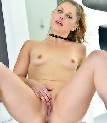 Https:www.imagepost.commoviesfallon West On Ftv Milfs