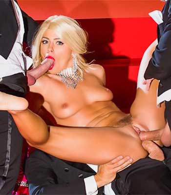 Adriana Chechik Center of Attention