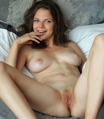 Ella M